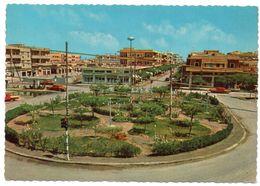 SAUDI ARABIA/ARABIE SAOUDITE - THE ENTRANCE OF ALKHOBAR (DHAHRAN AREA) / OLD CARS - Arabia Saudita