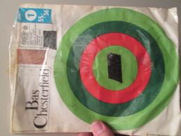 Paire De Bas Nylon VINTAGE Neuf Jamais Porté , CHESTERFIELD , Taille 35/36 , 15 Deniers , Couleur Chair Claire - Bas