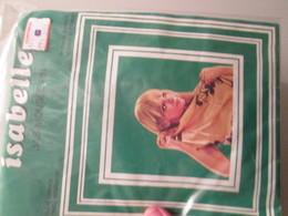Paire De Bas Nylon Mousse  VINTAGE Neuf Jamais Porté , ISABELLE  Couleur Vison  , Taille 4 , Années 60/70 - Tights & Stockings