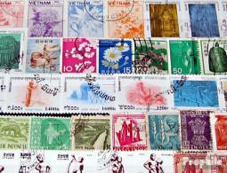 Asien 300 Verschiedene Marken - Briefmarken