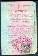 R2- Kingdom Of Saudi Arabia Fiscal Revenue 20 Riyals Stamp On Passport Page Of Pakistan. - Saudi Arabia