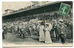 CPA 60  :  CHANTILLY  Les Courses Et Trbunes Animées VOIR  DESCRIPTIF  §§§ - Chantilly