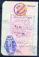 R9- Kingdom Of Saudi Arabia Fiscal Revenue 20 Riyals Stamp On Passport Page Of Pakistan. (Page Is Torn-off & Has Been Jo - Saudi Arabia