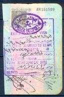 R33- Kingdom Of Saudi Arabia Fiscal Revenue 20 Riyals Stamp On Passport Page. - Saudi Arabia