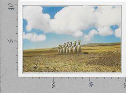 CARTOLINA NV DE AGOSTINI - CILE - Isola Di Pasqua - Megaliti Inquietanti - Vedute Dal Mondo - 10 X 15 - Cile