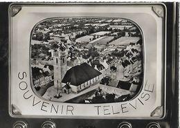 CARTE POSTALE 10CM/15CM ORIGINALE CPSM DENTELEE : SAINT PIERRE EGLISE SOUVENIR TELEVISE MANCHE (50) - Saint Pierre Eglise