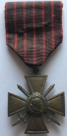 Militaria. Croix Militaire Française. - Belgique