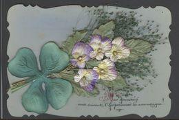 Ref W91- Carte Postale Matiere Celluloid -veritable Herbier Et Fleurs En Tissu Dont Porte Bonheur Trefle A 4 Feuilles  - - Cartes Postales