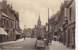 ** UK England ( Warwickshire ) NUNEATON Abbey Street - Format CPA ( Royaume Uni - Angleterre ) - Angleterre
