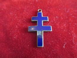 Pendentif Religieux  /Bronze Cloisonné émaillé Bleu/Début XXéme Siécle       CAN744 - Religión & Esoterismo