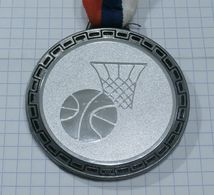 BASKETBALL SILVER MEDAL ~ MEDAILLE, LEAGUE OF FUTURE CHAMPIONS 2006 - SOS CHANNEL Radio & TV /49gr - Sports