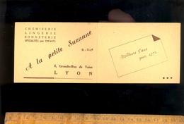 Mini Calendrier 1950 Chemiserie Lingerie A LA Petite Suzanne 6 Grande Rue De Vaise LYON ( 69009 ) - Calendriers