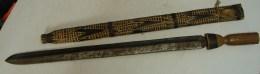 Lot. 847. Ancienne épée Africaine, Fourreau En Bois. Congo - Art Africain