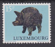 Luxembourg 1973 - N°811 XX -   Sanglier - Objet De L'époque Gallo-romaine - Animalez De Caza