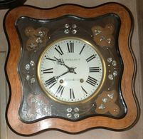 Pendule Oeil De Boeuf - Clocks