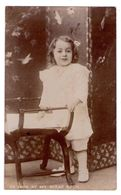 """0497 - Carte Photographique Anglaise D'une Petite Fille - C.H.Evans à Swansea - """" Do Look At My Scrap-book """" - Portraits"""