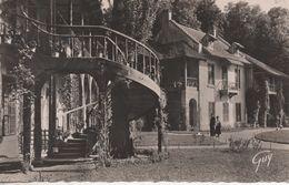 VERSAILLES HAMEAU DU PETIT TRIANONLA MAISON DE LA REINE - Versailles (Château)
