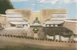 YERMENONVILLE: Monument élevé à Hélène Boucher, Pilote Aviatrice - Other Municipalities