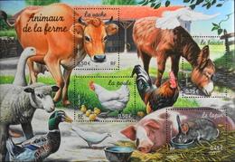 FR. 2004 - BLOC & FEUILLET N° 69 Animaux De La Ferme - 4 TIMBRES NEUFS** 2,20€ Vendu Sous Faciale - TBE - Blokken En Velletjes