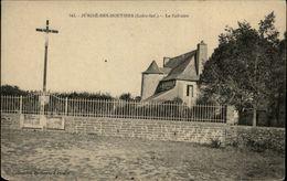 44 - JUIGNE-LES-MOUTIERS - Calvaire - France