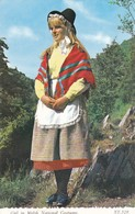 Postcard Girl In Welsh National Costume PU At Tenby In 1987 By Bamforth My Ref  B11872 - Costumes