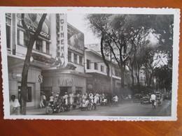 VIET  NAM .      Saigon  , Rue Catinat , Passage Eden , Cinema Lutece - Viêt-Nam