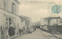 C-18-812 : SAINT-ANDRE-DE-LIDON. UNE RUE DU BOURG - Francia
