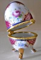Vintage Porcelain Eggs Porzellan Ei Pralinen,Faberge Style Dose Mit Deckel, Deckeldose Oeuf En Porcelaine, De Collection - Eier