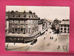 12 Aveyron, Rodez, La Rue De Béteille Et La Place D'Armes, Animée, Voiture De Livraison, Commerces, (CAP) - Rodez