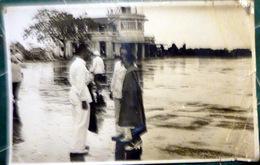 CAMBODGE VIETNAM ARRIVEE DE LA PRINCESSE YUCANTHON ? DE PHNOM PENH  ACCUEILLI A SAIGON EN 1948 PLIS SUR LES BORDS - Photos