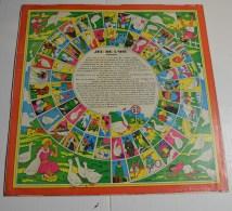 Jeu De L'oie Ancien, Format 32x32 Cms En Papier Contre Collé - Other Collections