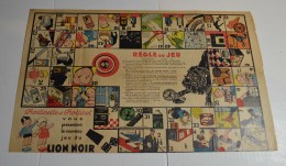 Trottinette Et Trottinet , Jeu Du Lion Noir, Format 25x40 En Papier, Au Verso Teinture Croma. - Other Collections