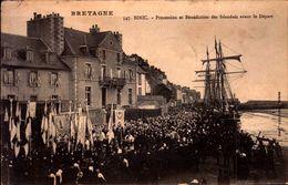 Côtes D'Armor - Binic - Procession Et Bénédiction Des Islandais Avant Le Départ - Binic