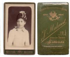 (Photo Carte De Visite) 239, Portrait De Femme, J Malivert à Limoges - Oud (voor 1900)