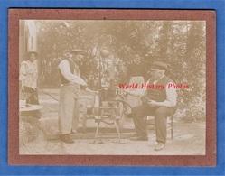 Photo Ancienne - Machine à Identifier - Plaque Albert HIRT Fabriquant ? - Alambic ? Distillation ? Pompe ? Moteur Motor - Métiers