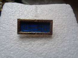 BAGES OU BROCHES - Other