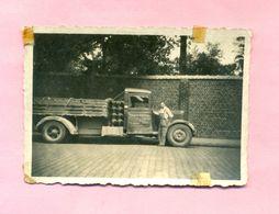PHOTOGRAPHIE - PHOTO - CAMION RENAULT Ou CITROËN équipé GAZOGENE - BRIQUETERIE Prés De LILLE à Identifier . - Automobiles