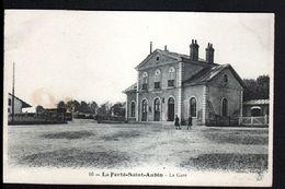 45, La Ferté Saint Aubin, La Gare - La Ferte Saint Aubin