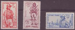 Guyane N ° 169 à 171** - Guyane Française (1886-1949)