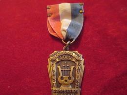 Musique/Petite Médaille Pendante/Competition Festival/National School Music/Topeka/Kansas/USA/1941        PART265 - Altri Oggetti