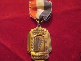 Musique/Petite Médaille Pendante/Competition Festival/National School Music Ensemble/Topeka/Kansas/USA/1941     PART267 - Varia