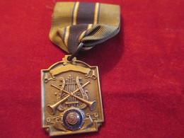 Musique/ Médaille Pendante/American Legion/ Instruments De Musique/USA/Vers 1940-1950    PART268 - Altri Oggetti