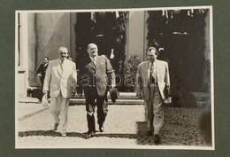 Cca 1948 Dinnyés és Dimitrov, Fotó, Kartonra Ragasztva, 12,5×17,5 Cm - Other Collections
