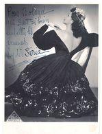 2 Photos Grand Format Lydia Siria, Dont 1 Autographe - Célébrités