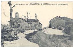 Cpa Poste De Secours Avec Cloche établis Dans Les Hauteurs Pour Rallier Les Voyageurs égarés ( Cévennes L'Hospitalet ) - France
