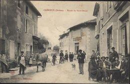 CPA Clérieux Drôme Route De Saint Douat Très Animé Café Vélo Chien Vache - Autres Communes