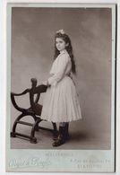 Photo Cabinet Portrait En Pied Adolescente De Profil , Crozet & Roule , St Etienne - Photos
