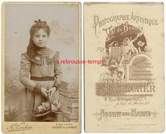 CDV-jolie Fillette Avec Panier Photo Val De Beauté A. Vercher à Nogent Sur Marne - Old (before 1900)