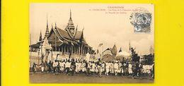 PNOM PENH La Noyade Des Cendres De La Crémation Du Roi Cambodge - Cambodia