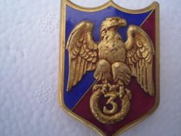 Insigne Du 3ème Régiment  De La Garde Impériale De Gendarmerie 1941/44 à Montpellier,état Neuf - Police
